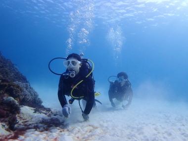 宮古島のとなり伊良部島ダイビングショップ、少人数制の初心者さんに優しいkaila